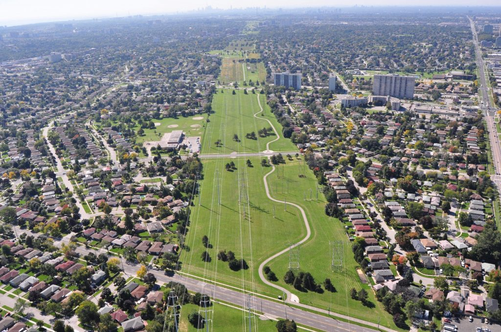 the-aerial-view-of-the-meadoway-looking-west-toward-downtown-toronto-2880x1913